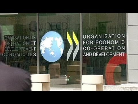 OECD cuts global growth forecasts - economy