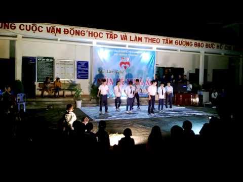 Dân vũ Con cào cào+ Nối vòng tay lớn+Gangnam Style- Tập thể 9A (THCS Bình Thạnh)