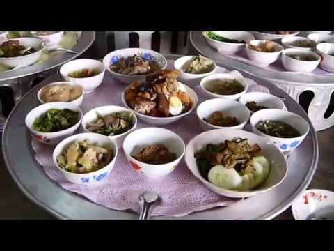 Food for the Buddhist Monks in Laos