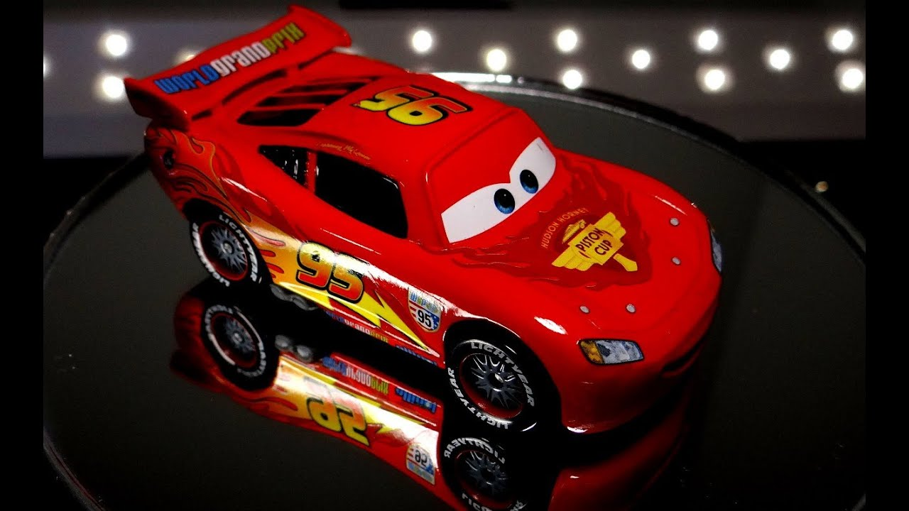 spinning diecast lightning mcqueen cars 2 youtube. Black Bedroom Furniture Sets. Home Design Ideas