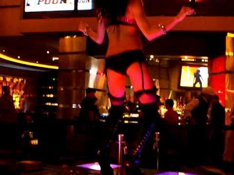 planet hollywood vegas bars