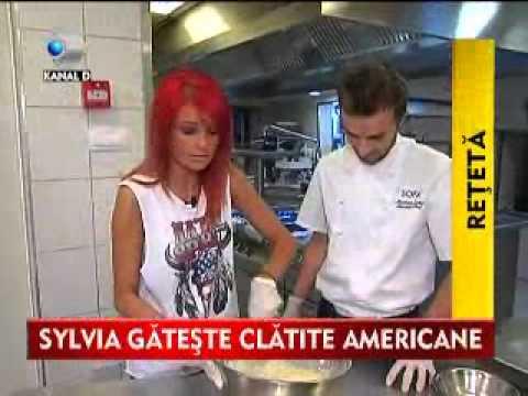 Stirile KANAL D- De Ziua Americii, la SOFA, Sylvia s-a rasfatat cu o clatita de 2000 de calorii