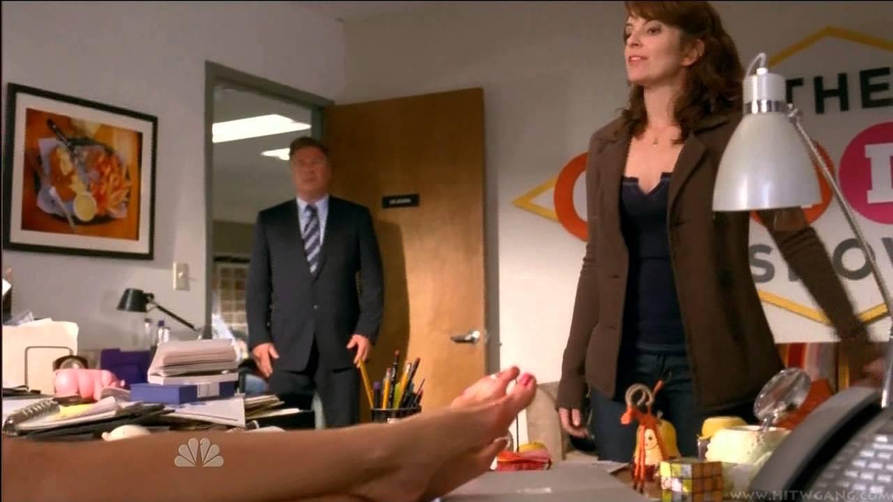 Jennifer aniston barefoot youtube - Jennifer aniston barefoot ...