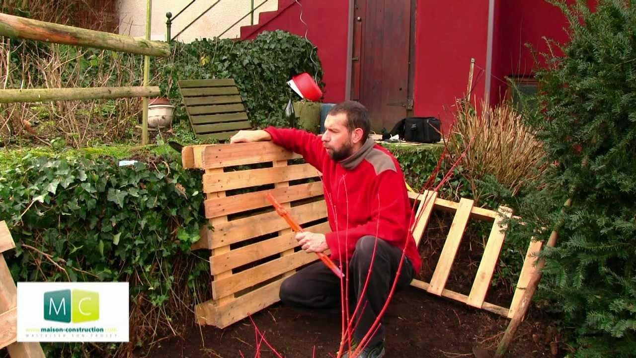 composteur en palette faire son compost pallets. Black Bedroom Furniture Sets. Home Design Ideas