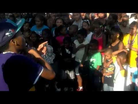 YN RichKids Performing Hot Cheetos & Takis