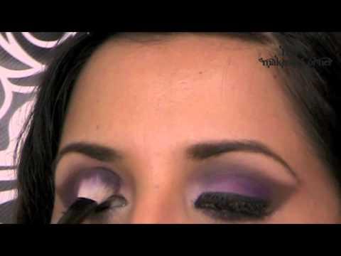 Como maquillarse los ojos con sombras mates lila con caf for Pintarse los ojos facil