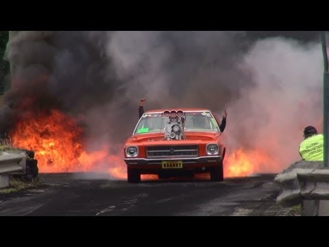 BLOWN V8 HOLDEN HQ ( KRANKY ) CATCHES FIRE IN THE BURNOUT FINALS AND LIGHTS UP KANDOS