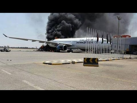 Tripoli Airport: Libyan plane explosion