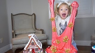MAKING THE CRAZIEST CHRISTMAS SLIME!! *GINGERBREAD COOKIES AND SPRINKLES*