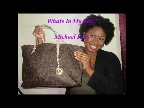 Whats In My Bag! Michael Kors Tote