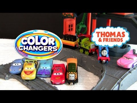 Color Changers Cars Thomas at the Ironworks Railway Playset Water Toys Disney Pixar colour Shifters