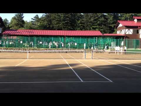 20130827 Emperor and Michiko tennis match 1