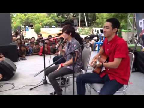 sound of a mirror - I Wish You Were Here live at SMAN 3 Mat