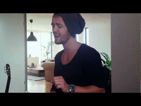 Swedish House Mafia feat. John Martin - Don't you worry child (Acoustic cover by me Sander)