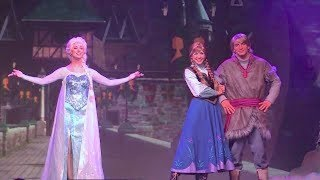 Full Frozen Summer Fun Live Stage Show With Anna, Elsa