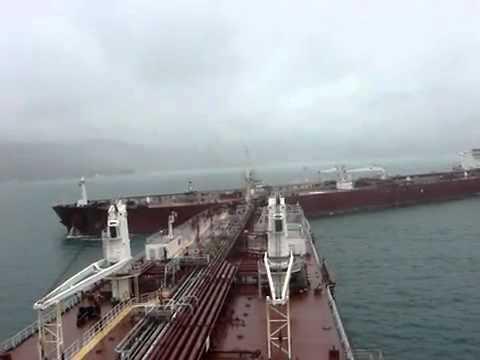 Colisão entre dois navios
