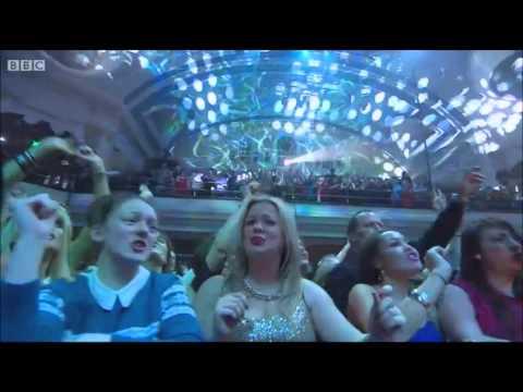 Gary Barlow - Big Ben Bash Live HD (Part 2/2)