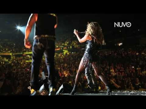 Jennifer performs with Wisin y Yandel! - A Step Away