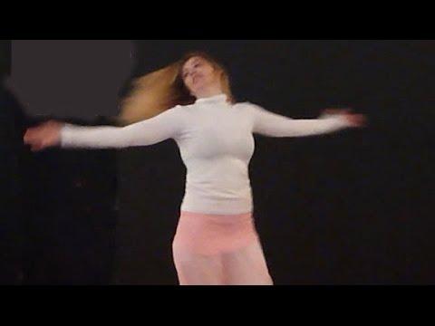 Egyptian Women Dance