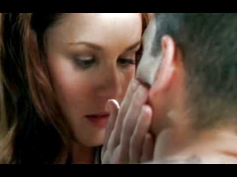 Michael & Sara - First kiss [edited]
