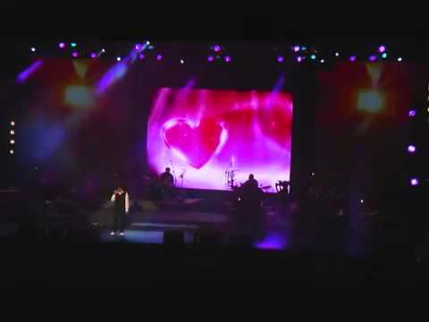 Mabrouk by Irfan Makki @ Maher Zain Live in Concert 2011 -VWl7FIIH0Cc