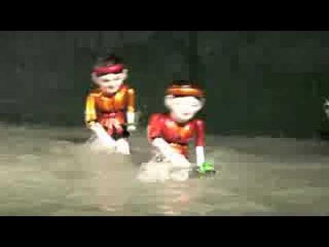 Vietnamese Water Puppet Show 2008 Part 1