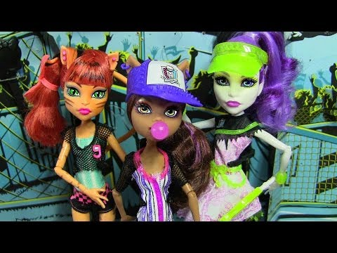 MONSTER HIGH GHOUL SPORTS DOLLS COLLECTION TORALEI CLAWDEEN SPECTRA REVIEW VIDEO!!!