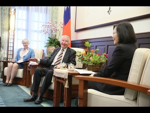 President Tsai meets British-Taiwanese All-Party Parliamentary Group Co-Chair Lord Steel of Aikwood