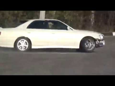 Московский Дрифт Toyota Chaser на прковке