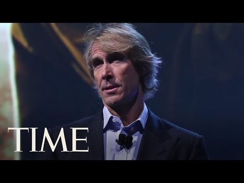Michael Bay Walks Off Stage After 'Embarrassing' Teleprompter Fail