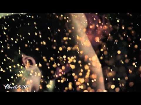 Μέλισσες feat.Θ. Βασιλόπουλος-Καίγομαι και σιγολιώνω (2014) Lyrics