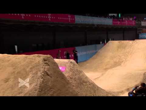 1st Mountainbike Slopestyle - Sam Pilgrim @ Telekom Playgrounds - Duisburg 2011
