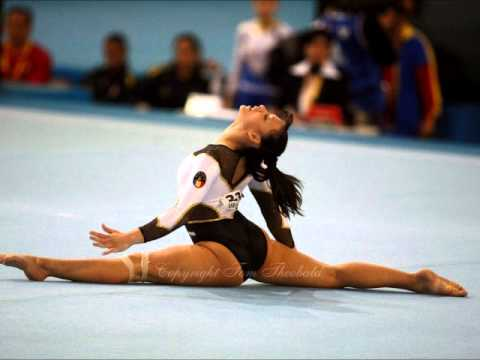 Catalina Ponor - 2004 Floor Music