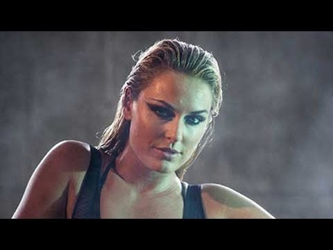 Lindsey Vonn Strips Down To A Bikini