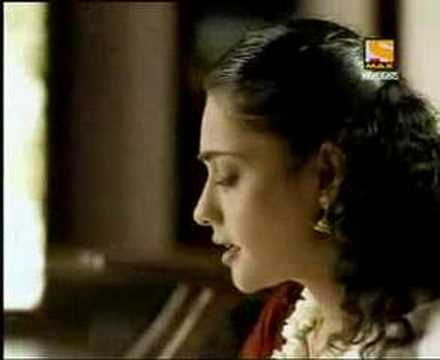 mallu gal advertisement -indian wcup 2003