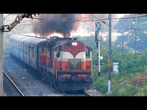 WDG2 VSKP ALCo's Chugging with Bangalore Express : Indian Railways 12785 KCG - SBC