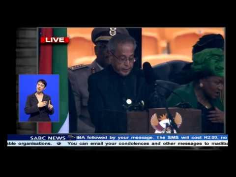 Indian President Pranab Mukherjee pays homage to Madiba