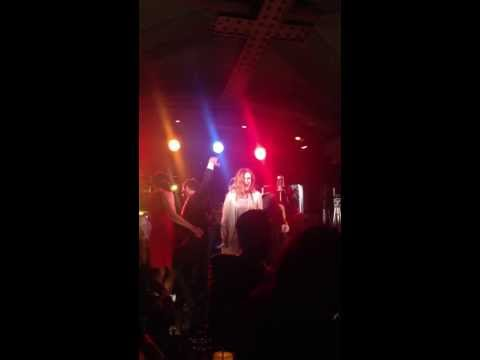 Rumer Willis sings Crazy in Love at Baz Luhrmann in Concert at the Rockwell in LA.