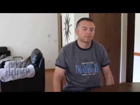 Горан Коцев реши да седне во дневната соба и да му покаже на светот како се пее