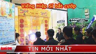 """Nhiều người đến viếng và chia buồn với gia đình  """"hiệp sĩ"""" Nguyễn Hoàng Nam ở quê nhà"""