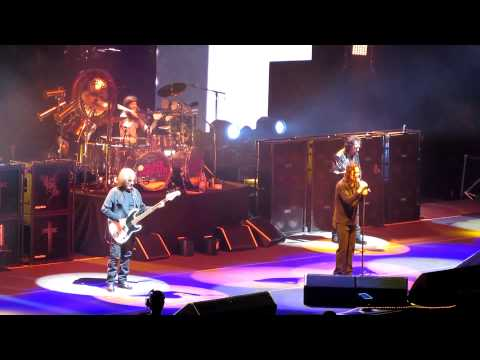 Black Sabbath @ Centre Bell, Montreal, April 7 2014 / Under the Sun/Every Day Comes and Goes