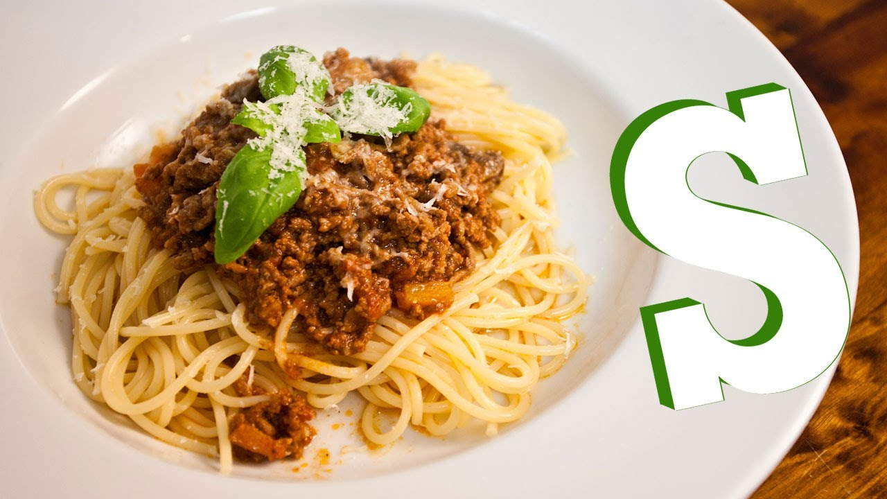 ULTIMATE SPAGHETTI BOLOGNESE RECIPE - SORTED - YouTube