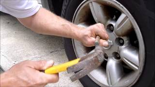 How To Get Bad Lug Nuts Off The Wheel