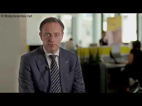 Analyse non verbale du discours de Bart De Wever - contre expertise