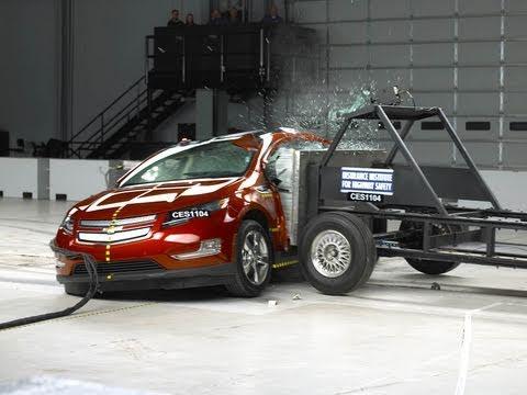 2011 Chevrolet Volt side impact test