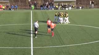 Vitesse-talent scoort wonderschoon doelpunt vanaf de aftrap...