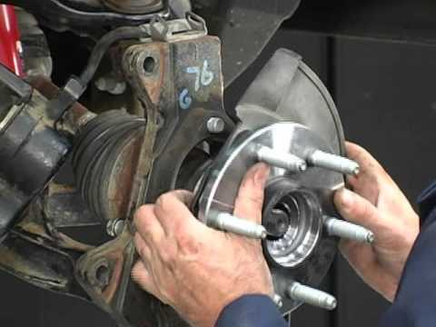 How to Remove amp Install A Truck Hub Bearing Assembly with
