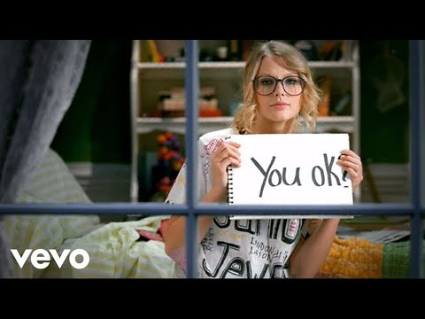"You belong wyth me- Taylor Swift, Taylor Swift sings the song ""You belong with me"""