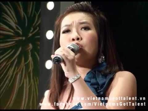 Quỳnh Anh 15t - Hát: Tình Mẹ - Vietnam's Got Talent