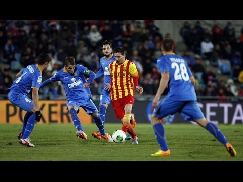 Lionel Messi ● Best Dribbling Skills ● 2013-2014 | HD